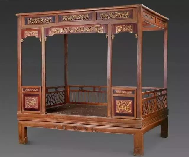 清中期 红漆榉木六柱式描金山水人物纹架子床