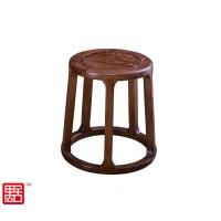 禺舍禅意新中式民宿家具:321白蜡木圆凳